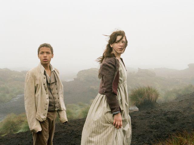Kathy ja Heathcliff nuorina nummilla